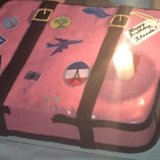 MY PINK SUITCASE BIRTHDAY CAKE!